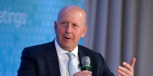 Goldman Promotes 465 Managing Directors as It Looks to Regain Its Luster
