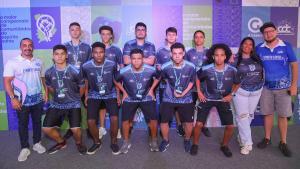 O projeto E-Taça EDP das Comunidades é um campeonato de futebol no formato digital, composta por moradores de comunidades do ES, com o propósito de ser um meio de transformação social na vida dos jovens, dando a eles uma perspectiva de futuro em suas vidas.
