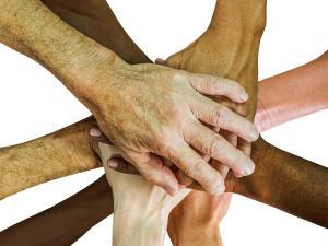 O perfil da Capital demonstra a diversidade de fé e raça na composição de sua população; lideranças religiosas defendem mensagem de união e respeito às diferenças