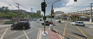 Os semáforos do cruzamento da Avenida Cezar Hilal com a Avenida Leitão da Silva ficaram sem funcionar na manhã desta quinta-feira (06)