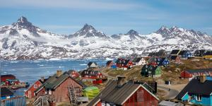 Trump Eyes a New Real-Estate Purchase: Greenland