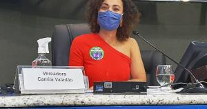 Em sessão na Câmara, parlamentar Gilvan da Federal (Patriota) alegou que blusa que Camila Valadão (Psol) usava era 'inadequada', o que levantou debates sobre violência de gênero