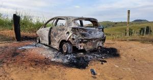 O modelo do veículo queimado é o mesmo citado por uma testemunha à polícia como o carro que estava seguindo o vereador no dia do assassinato