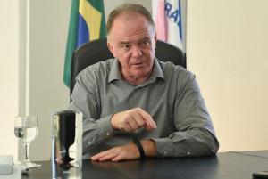 Em entrevista à Rádio CBN Vitória nesta quarta-feira (20), o governador do Estado capixaba revelou que a vacinação só ganhará ritmo a partir de março, com a possível chegada de insumos ao Brasil