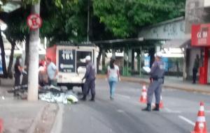 O acidente aconteceu na madrugada desta quarta-feira (27), no Centro da cidade