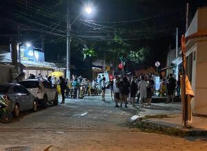 Flagrantes frequentes de aglomerações na Grande Vitória levantam preocupação por aumento do número de contaminações e óbitos