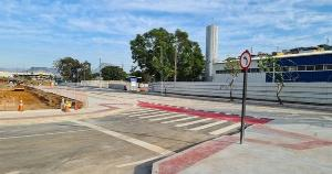 Uma rua teve a mão alterada e a Ponte Seca, na Vila Rubim, passa a ter trânsito exclusivo para a saída de caminhões do Porto de Vitória
