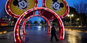 Shanghai Disneyland to Temporarily Shut Amid Virus Outbreak