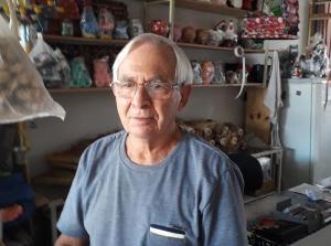 Morador de Nova Venécia, Luiz Bevitori, de 77 anos, ficou com o dinheiro 60 dias guardado, até que o cliente voltou à loja e ele o reconheceu. Exemplo ganhou repercussão nas redes sociais