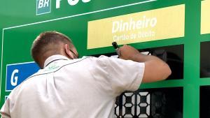 Valor do litro do combustível é encontrado acima de R$ 6,50 em mais da metade dos municípios capixabas, segundo painel da Sefaz