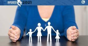 Filhos ou enteados só podem ser dependentes na declaração do IR até 21 anos ou até 24 anos se ainda estiverem cursando ensino superior; Rodrigo Sangali, conselheiro do CRC-ES, explica a regra para os filhos que já estão casados