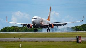 Uma aeronave da GOL que vinha de Salvador precisou arremeter e pousar pelo outro lado da pista na tarde desta quarta-feira (1°)