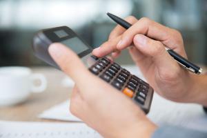 Especialistas explicam como nova lei vai ajudar inadimplentes a negociar contas atrasadas de forma conjunta com todos os credores
