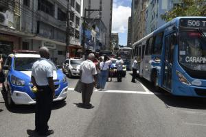 A manifestação terminou por volta das 13h. Os rodoviários, que começaram o ato em frente à praça de Jucutuquara, seguiram pela avenida Vitória passando pela entrada da Curva do Saldanha até o Palácio Anchieta