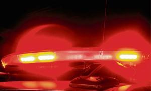 Testemunhas identificaram a vítima como sendo Adelson Andrade, empresário conhecido na cidade; dois homens em uma motocicleta teriam atirado contra a vítima