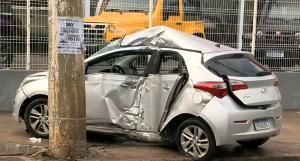 Segundo informações da TV Gazeta, os três feridos foram levados conscientes para hospitais da região. O carro, de acordo com testemunhas, aquaplanou