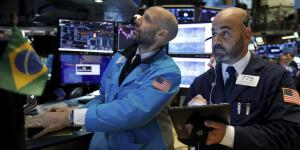 Investors Bail on Stock Market Rally, Fleeing Funds at Record Pace