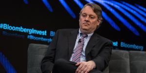 Market Tumult Stings the New Bond King
