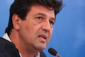 Em depoimento, o ex-ministro da Saúde Luiz Henrique Mandetta (DEM) também afirmou que a ordem pelo aumento da produção da cloroquina não saiu do Ministério