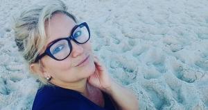 Depois de sumir da mídia, em 2005, por virar mãe, Regininha se viu em dificuldade financeira e sozinha, quando decidiu partir para fazer filmes pornôs