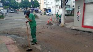 O município recebeu 48 milímetros de chuva no intervalo de 40 minutos, mas não houve interdições e o Rio Doce continua com nível normal