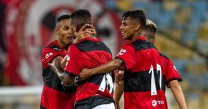 Botafogo, Flamengo, Fluminense e Vasco entram em campo pelo Estadual, enquanto Palmeiras e Grêmio fazem a grande final da competição nacional