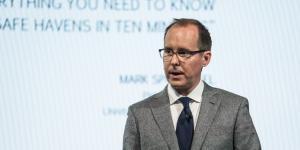 Hedge Fund Star Behind 4,000% Coronavirus Return Peers Into Crystal Ball