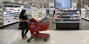 Retail Divide Widens as Shoppers Seek Value and Convenience