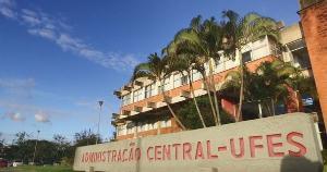 Desde 2019, sob a presidência de Jair Bolsonaro, as universidades brasileiras passam novamente por um período sombrio. Das 69 universidades federais, 20 tiveram seus processos de eleição desrespeitados