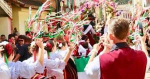 Festas regionais são maiores responsáveis por atrair turistas que buscam entretenimento e cultura típicos, diz Setur
