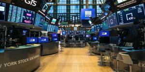 U.S. Rebuffs Calls to Close Stock Market