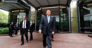 A iniciativa de Bolsonaro ocorre após a Anvisa ter recomendado o isolamento dos integrantes da comitiva que mantiveram contato com Queiroga
