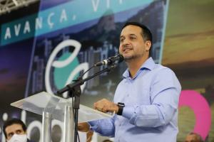 O deputado estadual, que está na disputa à prefeitura, começou a se sentir mal na quarta-feira (28). Agendas de campanha serão tocadas pelo vice da chapa, Nathan Medeiros (PSL)