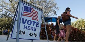 Court Blocks Florida Restrictions on Felons' Voting Rights