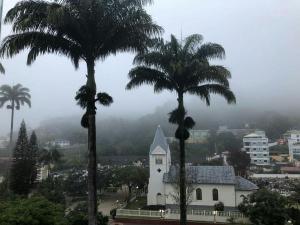 O tempo instável deve durar pelo menos até domingo (11) no Espírito Santo, com possibilidade de chuva rápida em todo o estado