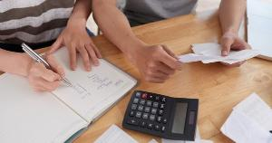 Lei sancionada nesta quarta autoriza parcelamento de dívidas com ICMS em até 60 vezes e com desconto de até 100% de juros e multas