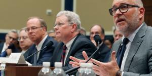 Four Drug Companies Reach Last-Minute Settlement in Opioid Litigation