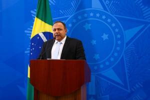Segundo o ministro Eduardo Pazuello, as doses serão distribuídas aos estados que, por sua vez, enviarão as vacinas aos municípios