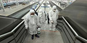 Stocks Fall as Coronavirus Spread Accelerates Outside China