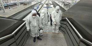 Stocks Fall as Coronavirus Spread Accelerates Outside China
