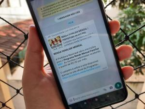 Link para cadastro em um suposto programa de 'renda familiar mensal' em prefeitura vem circulando no WhatsApp. Empresa de cibersegurança identificou tentativa de roubo dados pessoais
