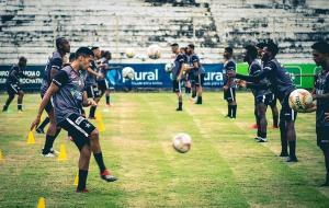 Nas redes sociais, clube informou que vai vender 300 entradas. Mas portaria do governo estadual permite máximo de 100 pagantes