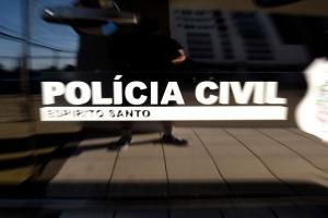 A Polícia Civil realizou nesta quarta-feira (2) uma operação para verificar denúncias de possível exercício ilegal da medicina, ocorridas na associação dos pescadores de Conceição da Barra