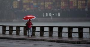 Segundo aviso do Inmet, 23 municípios capixabas estão sob risco de acumulado de chuva entre 30 a 60 mm/h ou 50 a 100 mm/dia, podendo haver alagamentos e deslizamentos