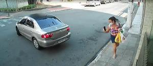 Motorista que deu cavalo de pau na região do Parque Moscoso, em Vitória, vai continuar dirigindo porque não houve flagrante por agente de trânsito, mesmo com a 'denúncia' das câmeras