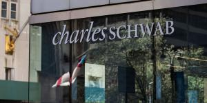 Charles Schwab in Talks to Buy USAA Wealth-Management, Brokerage Units