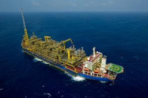 Petrobras, após anunciar que novo navio no Litoral Sul só chegará em 2024, afirma que produção na região é uma das prioridades
