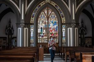 Um dos símbolos da cidade volta a celebrar missas presenciais seguindo regras de segurança