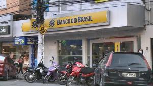 O serviço começou a ser oferecido pelo Banco do Brasil, Banrisul e, nesta semana, pelo Bradesco, o primeiro banco privado