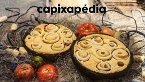 O prato, símbolo da cultura regional, é uma tradição de mais de 400 anos. De forma geral, a torta é feita utilizando os ingredientes bacalhau, palmito e frutos do mar, mas é encontrada em diversas variações